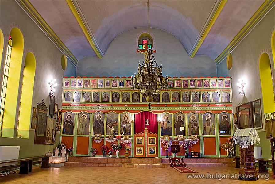 """Храм """"Св. Успение Богородично"""" – град Кърджали"""